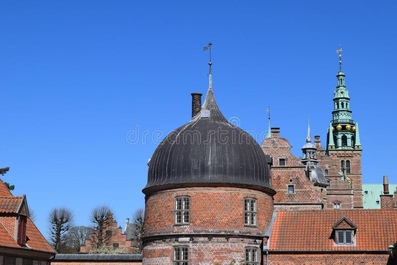 Castelo medieval frederiksborg Dinamarca imagens de stock royalty free