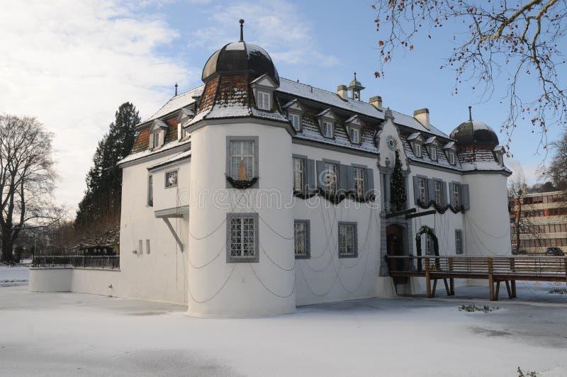 Castelo Moated Bottmingen - Wasserschloss Bottmingen fotos de stock
