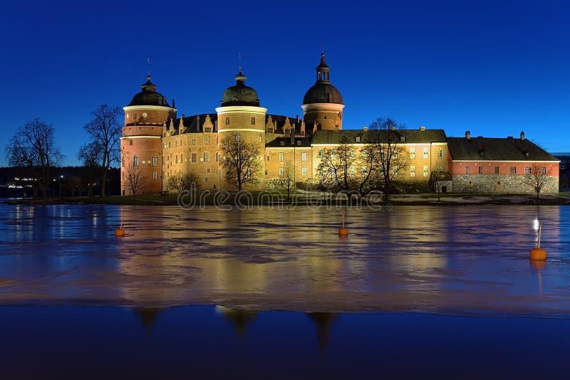Castelo na noite do inverno, Sweden de Gripsholm imagem de stock royalty free