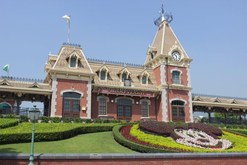 Castelo no parque de Disneylândia do divertimento imagens de stock