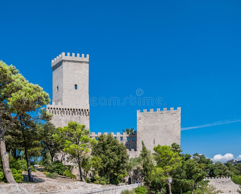 Castelo normando ou castelo medieval do Vênus em Erice, província de Trapani em Sicília, Itália fotografia de stock royalty free