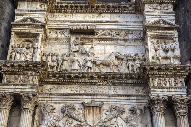 Castelo Nuovo, Неаполь, Италия стоковая фотография