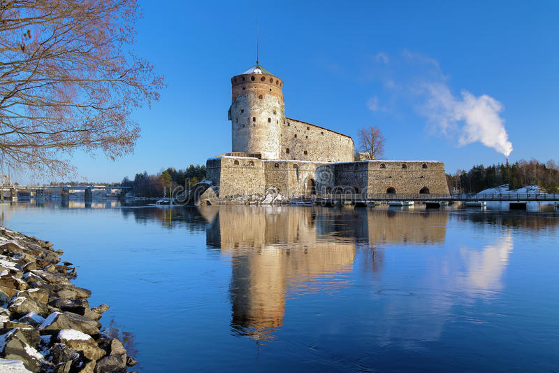 Castelo Olavinlinna em Savonlinna, Finlandia fotografia de stock royalty free