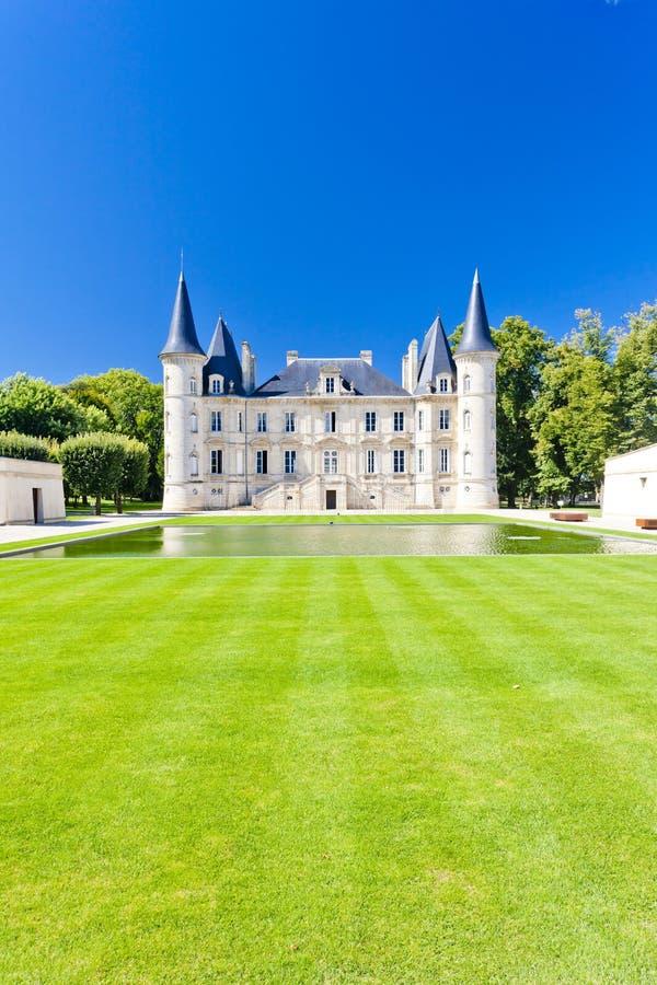 Castelo Pichon Longueville, região do Bordéus, França fotografia de stock