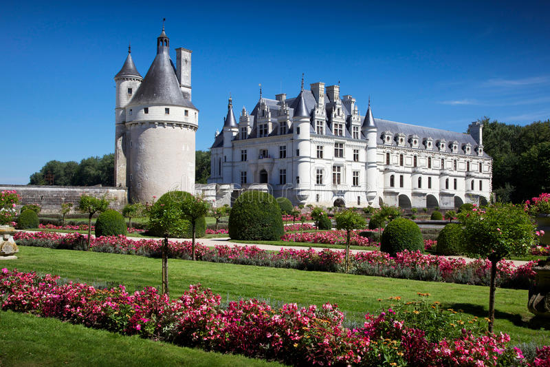 Castelo romântico de Chenonceau da vista fotografia de stock