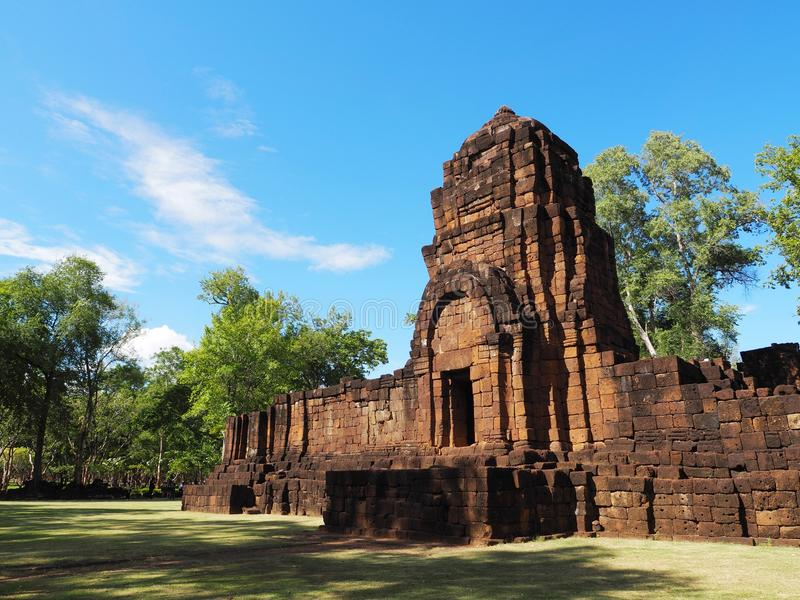 Castelo tailandês antigo ou Prasat Muang Singh em Kanjanabur fotos de stock