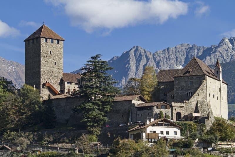 Castelo Tirol imagem de stock royalty free
