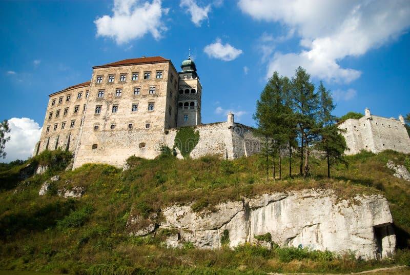 Castelo velho do século XIV em Pieskowa Skala fotos de stock