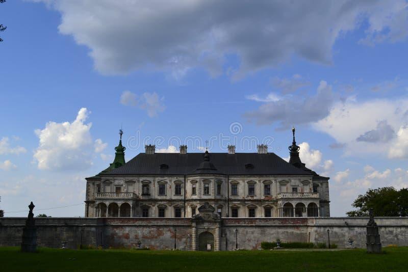 Castelo velho em Pidhirtsi ucrânia fotos de stock royalty free