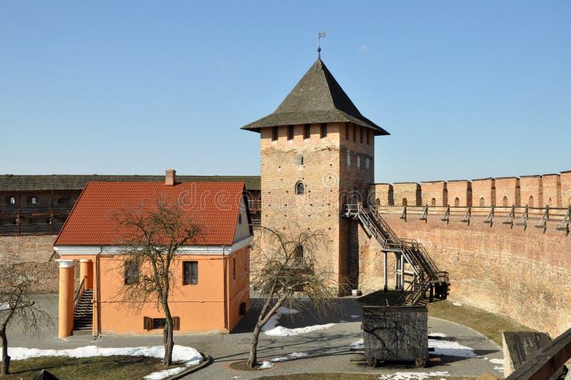 Castelo velho na cidade Lutsk no inverno foto de stock