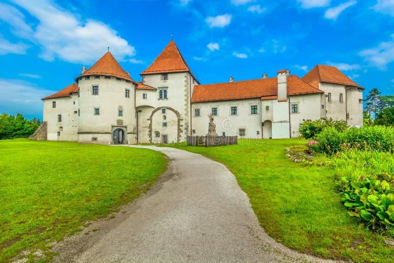 Castelo velho no centro da cidade de Varazdin fotos de stock