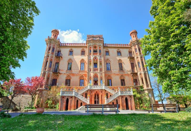 Castelo velho. Novello, Italy do norte. fotografia de stock royalty free