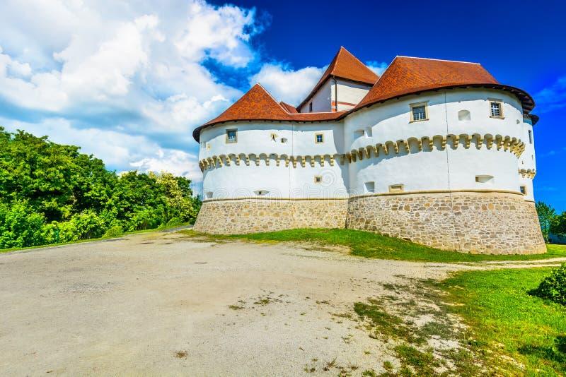 Castelo Veliki Tabor na Croácia, Zagorje fotografia de stock