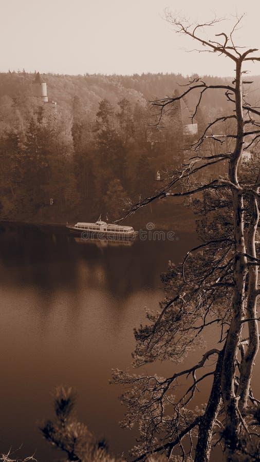 Castelo Zvikov no outono fotografia de stock