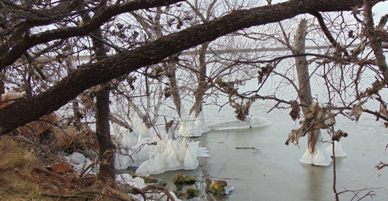 Castelos do gelo natural em Texas Lake fotos de stock