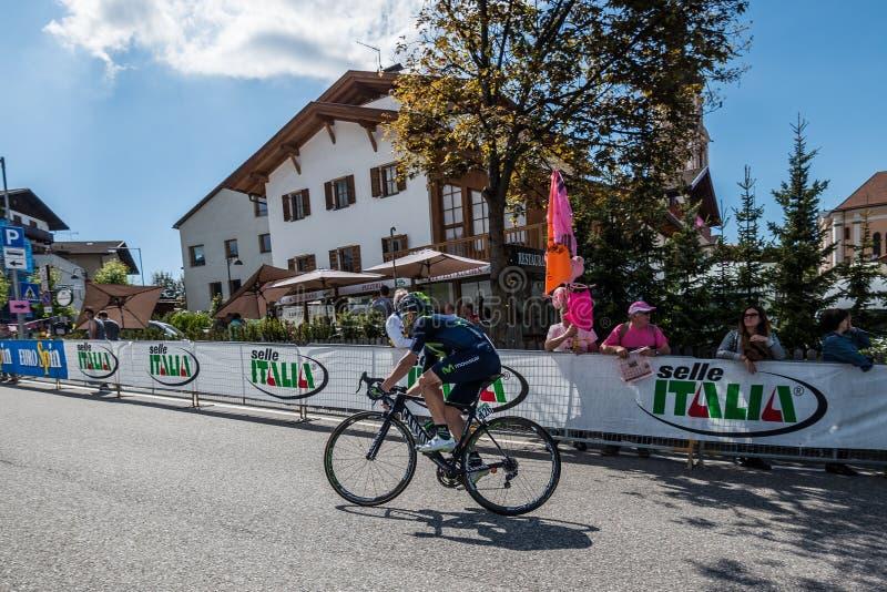 Castelrotto, Italia 22 de mayo de 2016; Ciclista profesional durante una subida de ensayo de la dificultad fotos de archivo libres de regalías