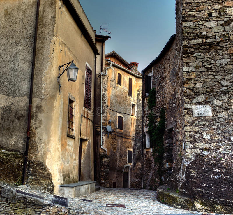 Castelvecchio di rocca barbena (savona)ital royalty free stock photos