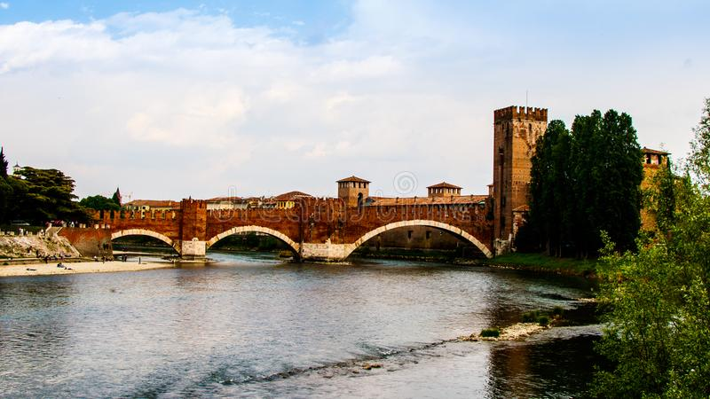 Castelvecchio most w Verona zdjęcie royalty free