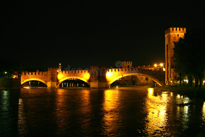 castelvecchio ponte scaligero 图库摄影