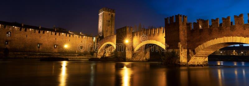 Castelvecchio Scaligero桥梁在维罗纳意大利 免版税图库摄影