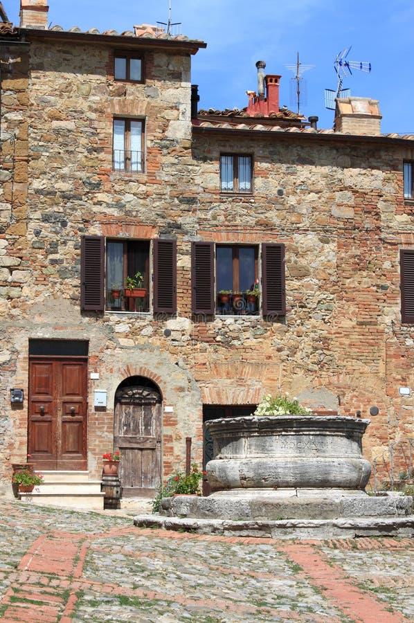 Castiglione d Orcia in Toscanië stock foto