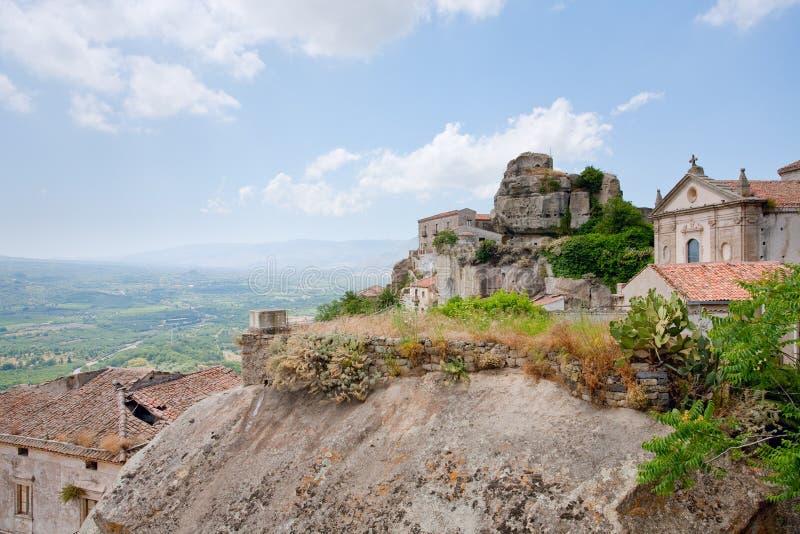 castiglioneslottdi lauria sicilia arkivbild