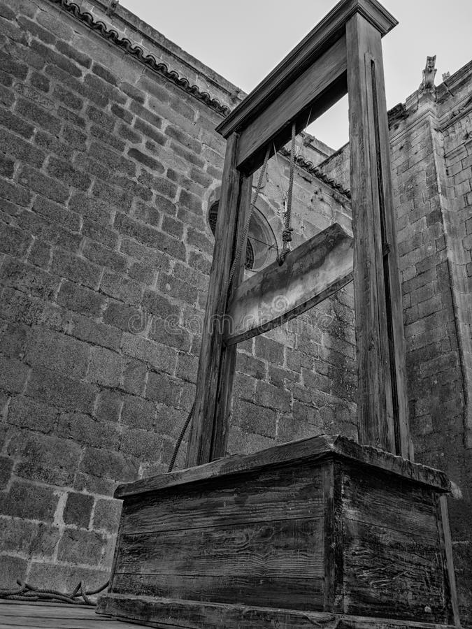 Castigo de capital: la guillotina imagen de archivo libre de regalías