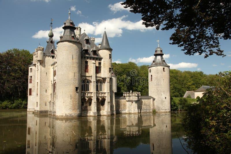 Castillo Bélgica del agua imagen de archivo libre de regalías