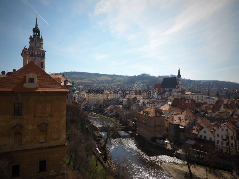 Castillo de ?eský Krumlov – residencia de la aristocracia bohemia del sur foto de archivo libre de regalías
