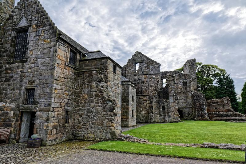 Castillo de Aberdour, Escocia foto de archivo