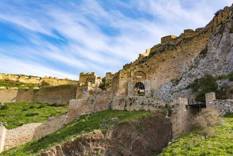 Castillo de Acrocorinth, Corinto superior, la acrópolis de Corinto antiguo foto de archivo libre de regalías