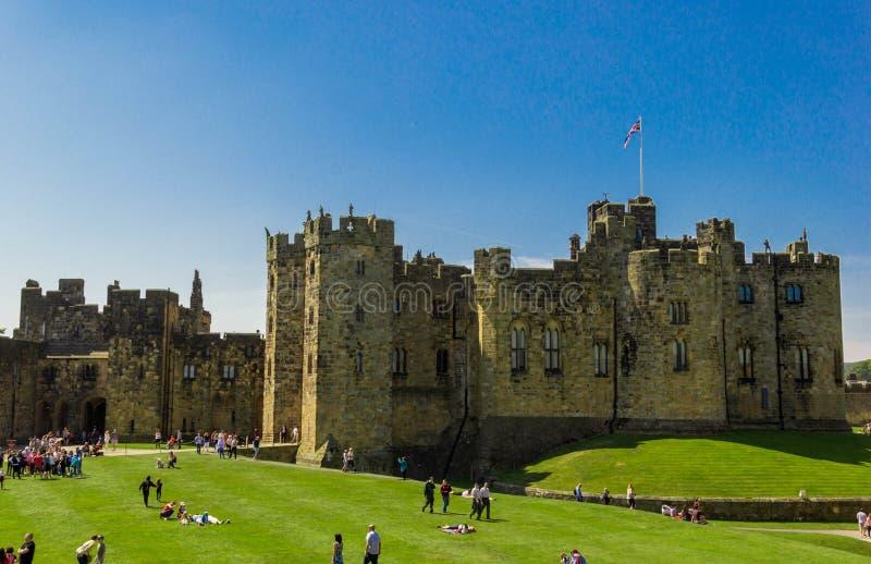 Castillo de Alnwick en Northumberland, Inglaterra fotos de archivo