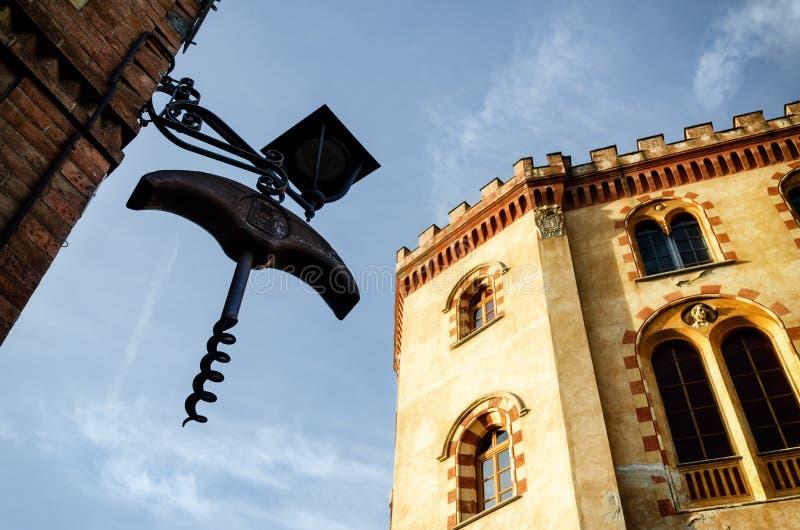 Castillo de Barolo Piamonte, Italia foto de archivo libre de regalías