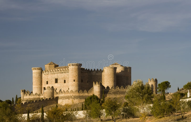 Castillo DE Belmonte van ver royalty-vrije stock fotografie