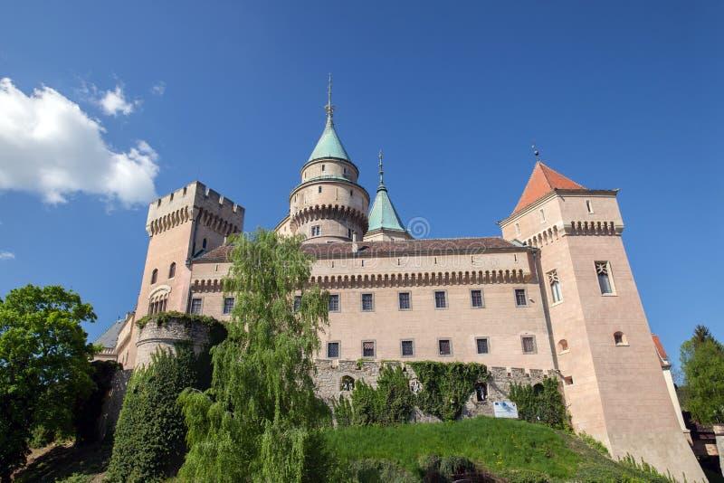Castillo de Bojnice en Eslovaquia imágenes de archivo libres de regalías