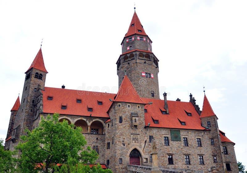 Download Castillo De Bouzov, República Checa, Europa Imagen de archivo - Imagen de piedra, antiguo: 41906351