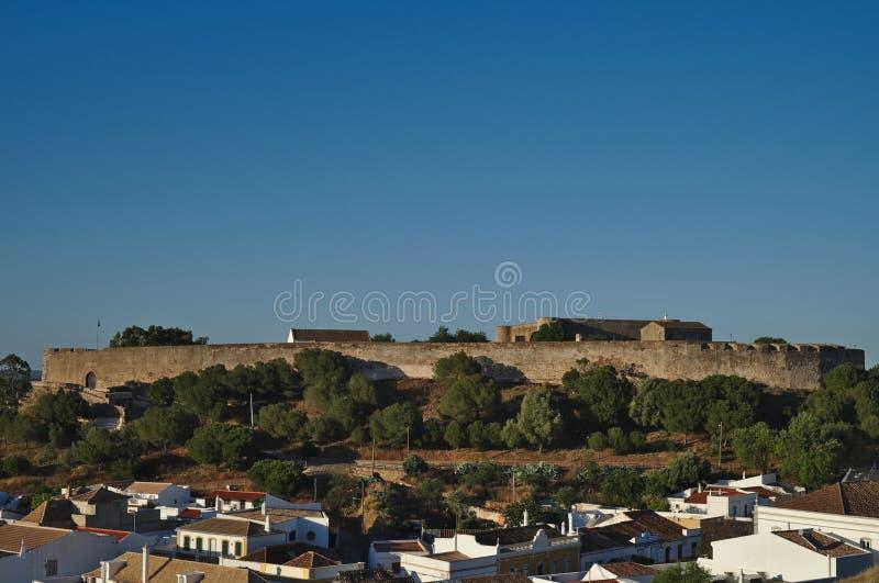 Castillo de Castro Marim de la colina foto de archivo