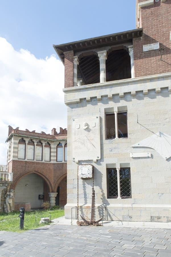 Download Castillo De DAlbertis, Génova, Italia Foto editorial - Imagen de residencia, recorrido: 44855451