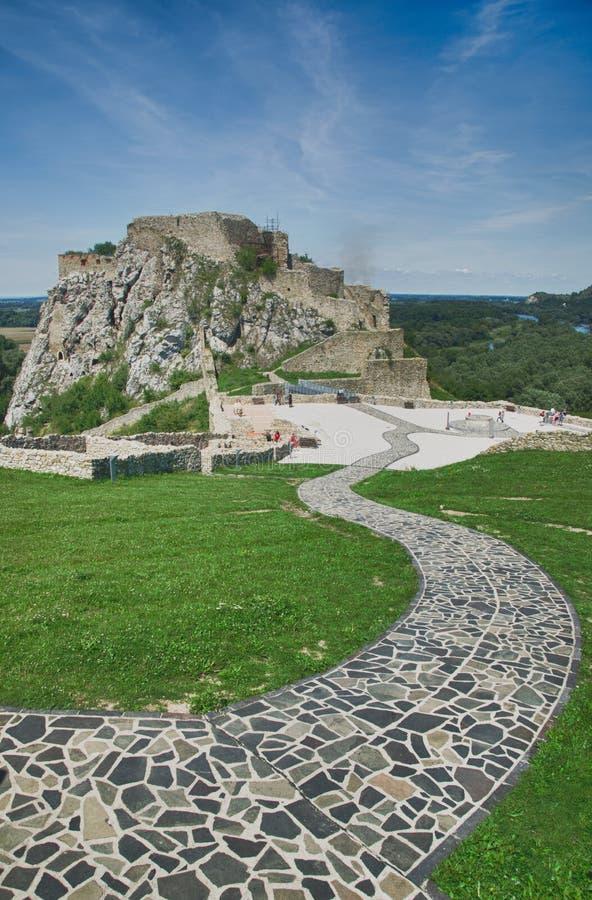 Castillo de Devin cerca de Bratislava fotografía de archivo libre de regalías