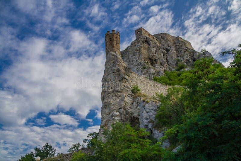 Castillo de Devin en Eslovaquia imagen de archivo