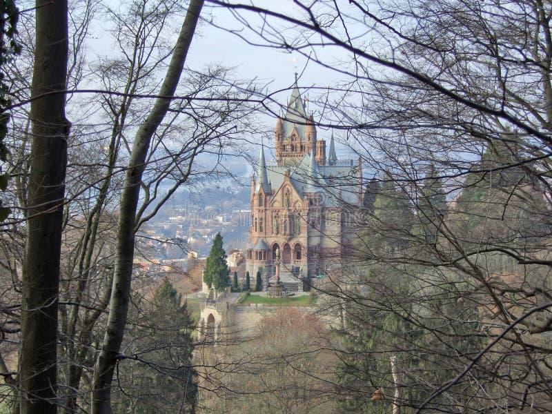 Castillo de Drachenfels en el río el Rin imagenes de archivo