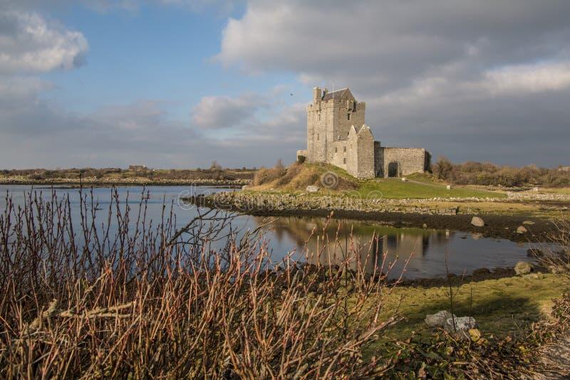 Castillo de Dunguaire - condado Galway, Irlanda imagenes de archivo