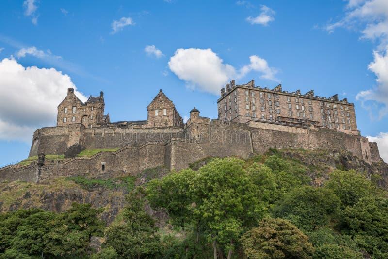 Castillo de Edimburgo en Castle Rock foto de archivo libre de regalías