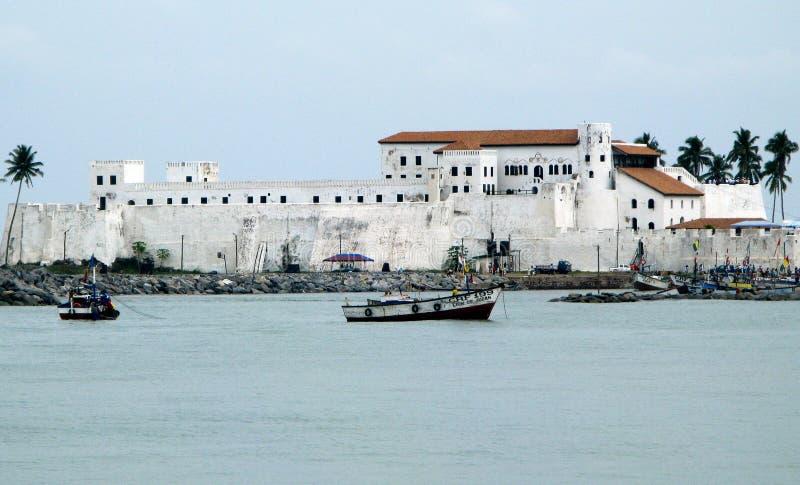 Castillo de Elmina en Ghana imagenes de archivo