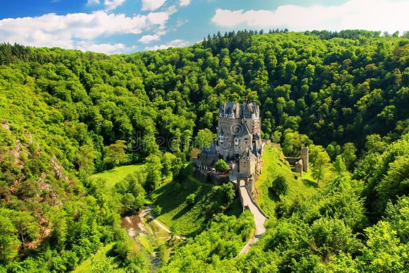 Castillo de Eltz en Renania-Palatinado, Alemania foto de archivo