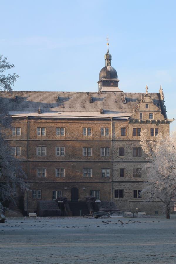 Castillo de hadas del invierno Wolfsburg, Alemania imágenes de archivo libres de regalías