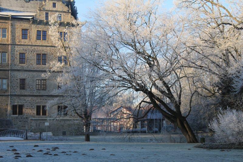 Castillo de hadas del invierno Wolfsburg, Alemania imagen de archivo libre de regalías
