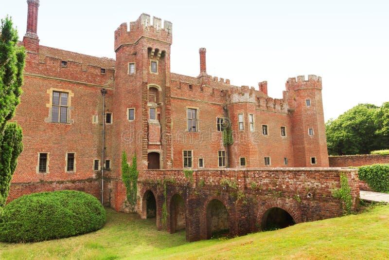 Castillo de Herstmonceux del ladrillo en el siglo XV del este de Inglaterra Sussex imagen de archivo