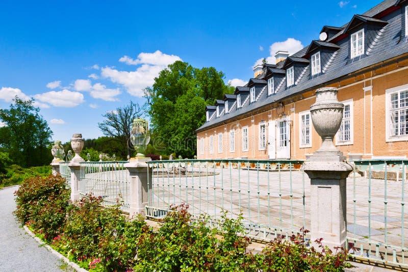 Castillo de la caza en el estilo clásico Kozel construido en el siglo XVIII, región de Pilsen, Bohemia del oeste, República Checa imagenes de archivo