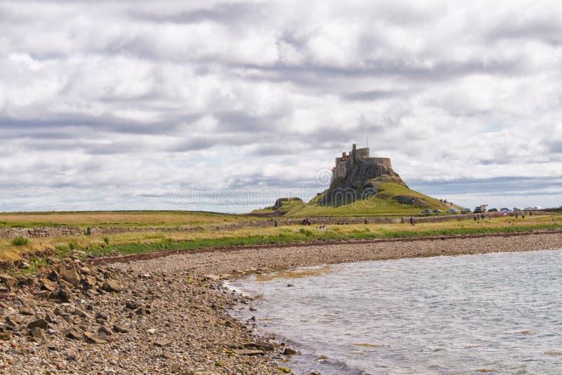 Castillo de Lindisfarne, costa de Northumberland, Reino Unido imagen de archivo libre de regalías